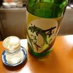 立呑み お酒の神様 - 本丸御殿大吟(500円/0.5合)