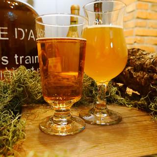 常時4種類のクラフトビールが味わえる『TAPマルシェ』