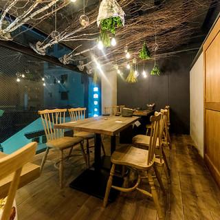 1Fは賑やかな大衆酒場◆2~3Fは多彩な個室を完備♪