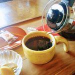 実家カフェ - ホットコーヒー(単品)はポットサービス付き!
