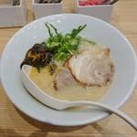 博多 一風堂 - 料理写真:白丸(バリカタ)