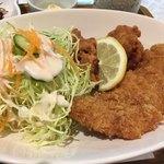 21世紀 - 白身魚はふっくら、唐揚げはもっちり美味しかったです
