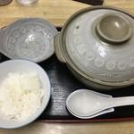 あずみうどん - 鍋焼きうどん680円+ご飯150円