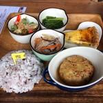 Cafe&Bar ルディック - 恋するウサギランチ