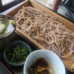 大川商店 - なめこおろし蕎麦(大盛)800円+100円