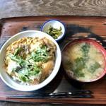 藤蔵屋 - 鯉唐丼830円