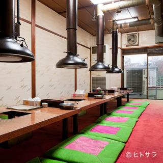 2階の個室は強力な換気システムで煙りを排出