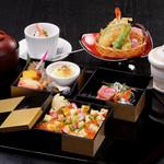 茶寮かげつ - 料理写真:かげつオリジナル三段重