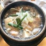 samugyopusarutoyasaiifuu - 海鮮(白)スンドゥブ定食1100円