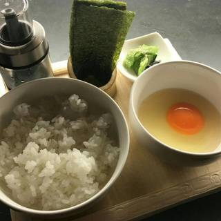 【だいのじの厳選素材】こだわりの卵かけご飯
