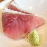 どまん中 - 小鉢のお刺身