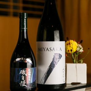 """""""おもてなし""""の為にセレクトした日本酒とワイン"""