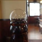 80978156 - ビールの泡