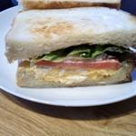 するめcafe - たまごと野菜サンド