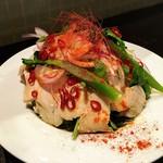 スタンド 末広 - 蒸し鶏のサラダ