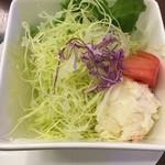 前田珈琲 - セットサラダ+150円
