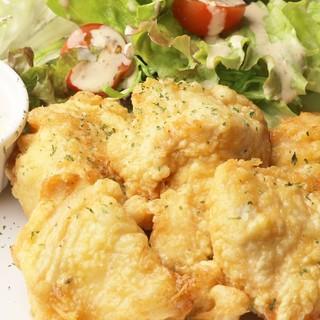 《人気NO.1》淡路島産鶏肉を使用した【特製チキン南蛮】