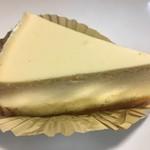 近江屋洋菓子店 - レアチーズケーキ