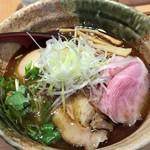 焼きあご塩らー麺 たかはし - 「味玉入り 焼きあご塩らー麺」920円