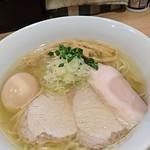 本格中華蕎麦 ゆるぎ - 料理写真:特製塩らぁめん     ¥950