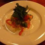 イタリア田舎料理 ダンロ - 前菜 信州サーモンのテリーヌ♪マヨネーズと赤ピーマンのソース。