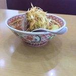 めん丸 - 料理写真:辛野菜味噌半ラーメン+ニンニク+辛ねぎ
