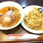 鳳仙花 - ラーメンセット 910円 ラーメン+マーボー飯