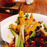 陳家私菜 - 殻付海老のピリ辛香ばし揚げ