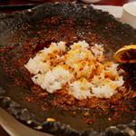 中国郷菜館 大陸風 - 〆に白ご飯ダイブ!