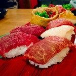 81004632 - 肉の寿司盛り合わせ