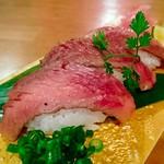 81004636 - 大トロ和牛の炙り寿司