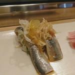 大天寿司 - 料理写真:イワシ(握り)