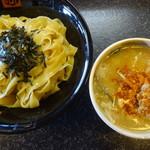 81010482 - 肉だんごつけ麺(中)