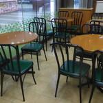 サブウェイ - テーブル席