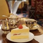 81015362 - 本日のケーキセット¥2000税込                       コーヒー紅茶おかわり出来ます。