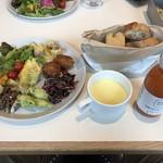 スーホルム カフェ+ダイニング - 料理