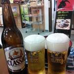 ぶた串や - クラシックビール。