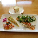エッコディピュ - 料理写真:前菜とホカッチャ