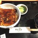 まんまる - 1350円うな丼