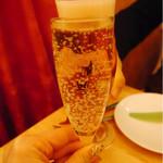 81029121 - 樽詰スパークリング                       サッポロ生ビール