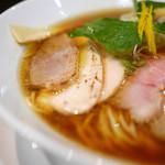 麺LABOひろ - 麺LABOそば(しょうゆ)