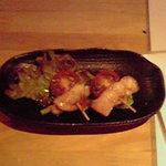 だいにんぐ dorami - お通し ベーコンアスパラ巻き・ミニトマト串