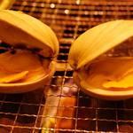 浜焼太郎 - この貝、名前忘れましたが美味しかったです。