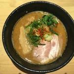 らーめん みふく - 鶏々鶏白湯らーめん(魚粉トッピング(無料)) 850円