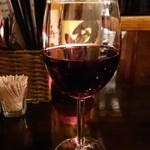 バーアムスルーム - 赤ワイン一杯目