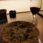 WINE&PIZZA HACHI - ピザとワイン