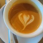 イン ヴィトロ コーヒー ロースター - 控えめなハートがいいね