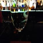 81041417 - スパークリングワイン1000円