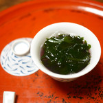 草喰 なかひがし - 若竹と若芽 赤蕪のスープ