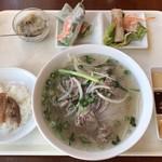 ベトナム料理レストラン 333 - 牛肉フォーセット ¥790